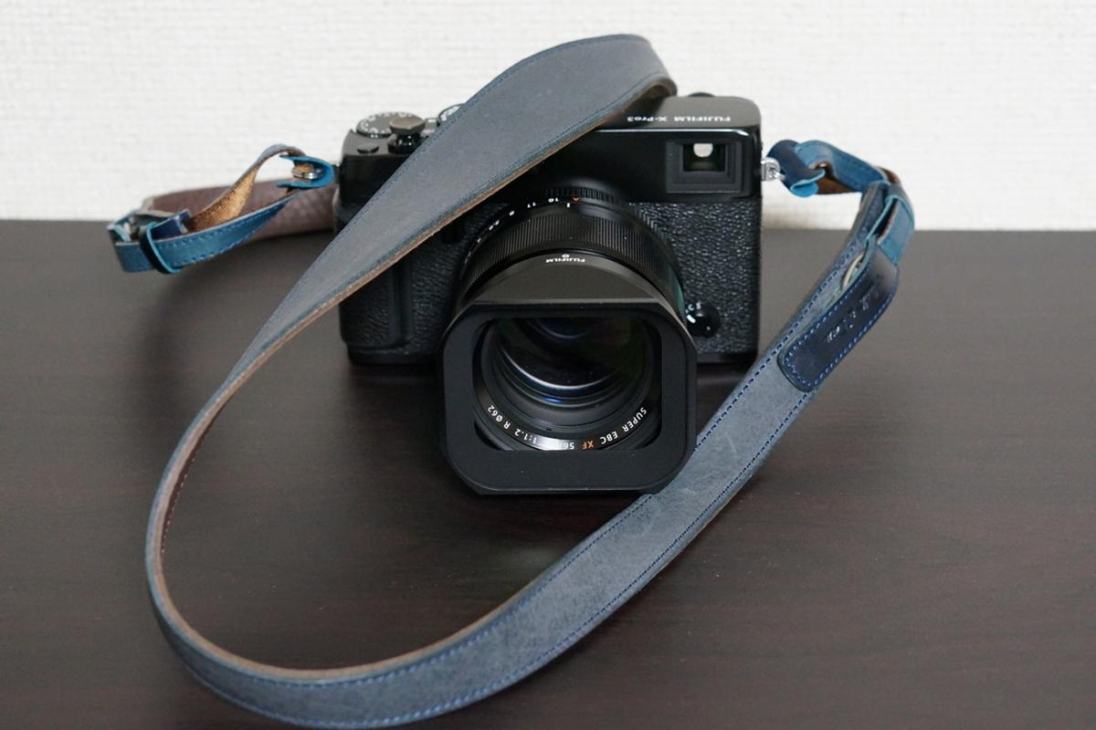 X-Pro3(カメラ)と「湖上の六花」(ストラップ)カラー