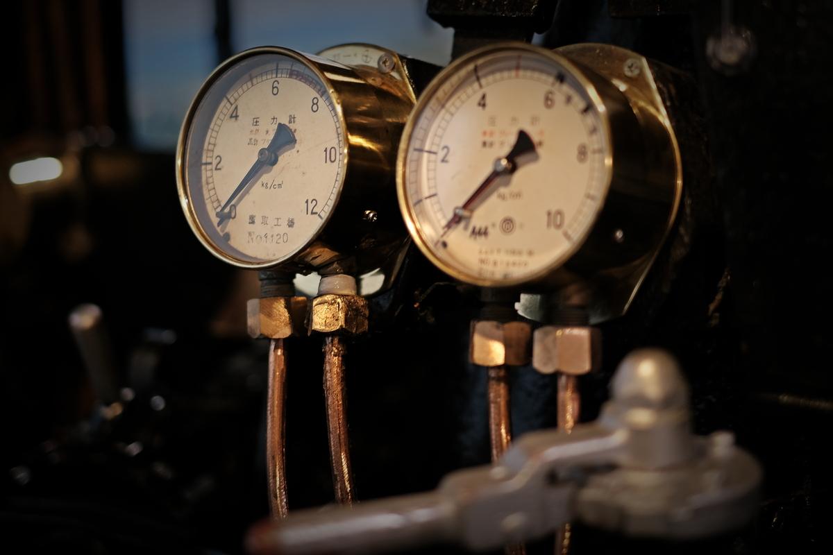 機関車の計器